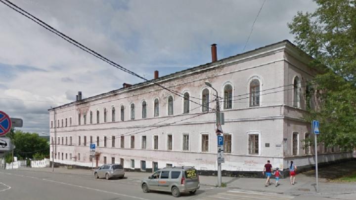 Прокурор Пермского гарнизона потребовал провести капремонт военного госпиталя