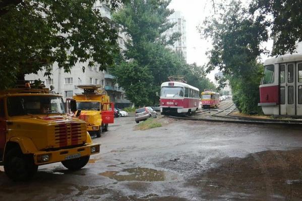 Пока трамваи пустили в измененных границах
