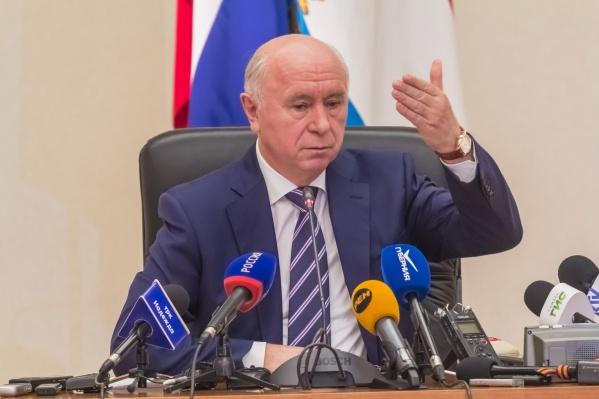 Николая Меркушкина сменил на посту губернатора Дмитрий Азаров