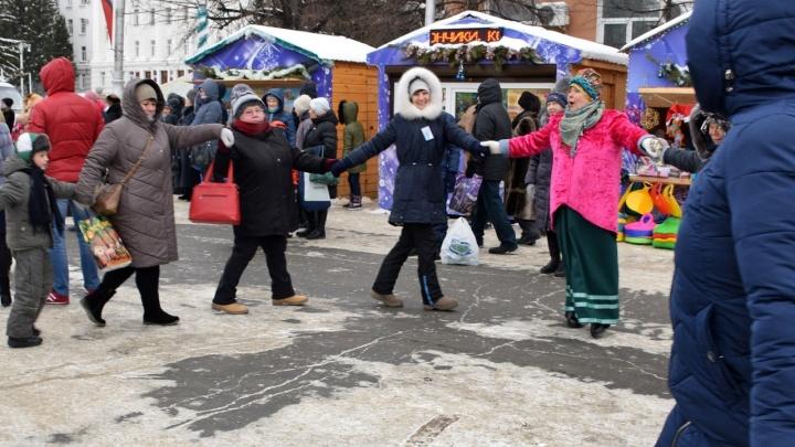 Андрей Потапов рассказал, где в Кургане будут работать новогодние ярмарки