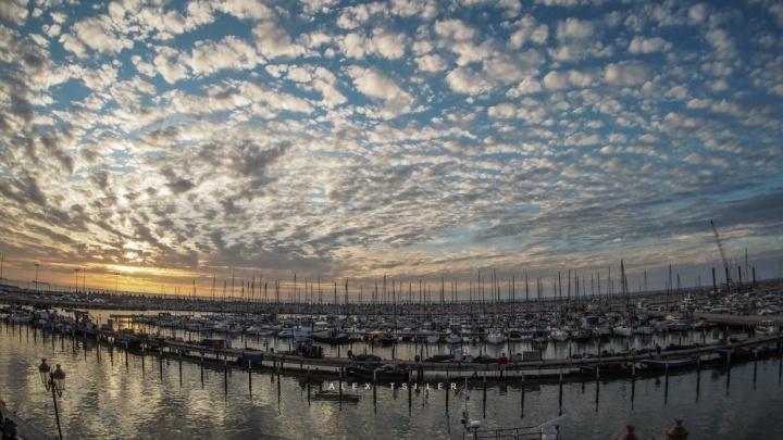 Новосибирский фотограф снял в Израиле красивые облака