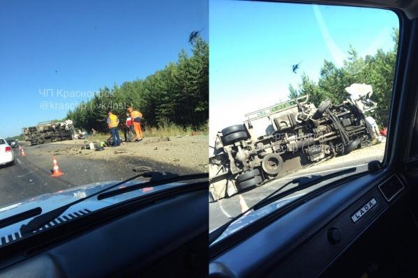 Оба водителя живы, но нуждаются в медицинской помощи