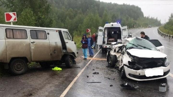 В Пермском крае пассажир Volkswagen Polo погиб в ДТП с УАЗом