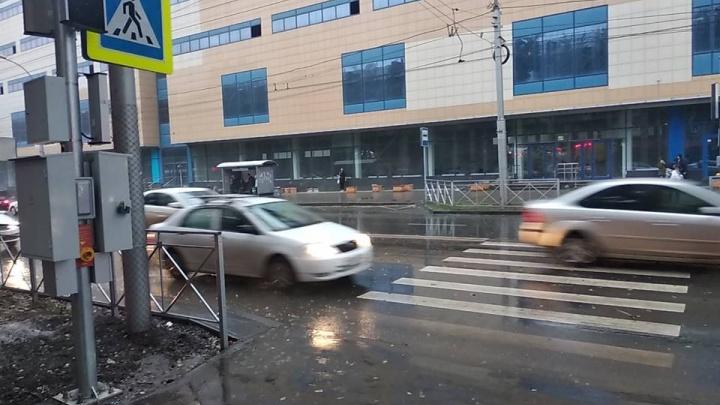 Фото: на Ватутина появился новый пешеходный переход