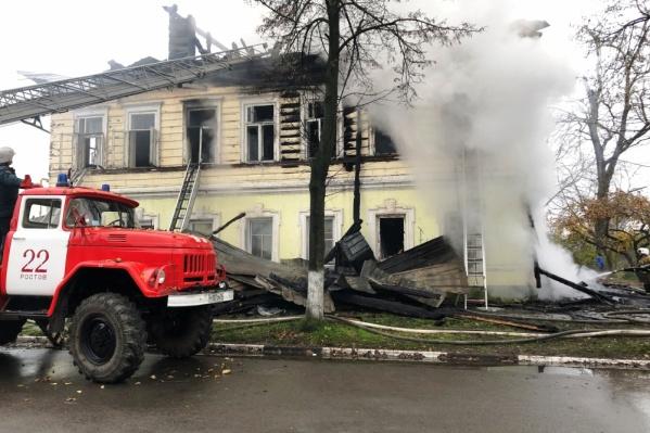 Пожар в Ростове тушили всё утро