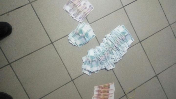 В Башкирии задержали наркодилера-фальшивомонетчика