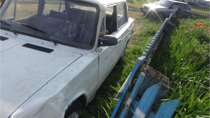 В Варгашинском районе водитель сбил пешехода и скрылся с места ДТП. Женщина скончалась в больнице