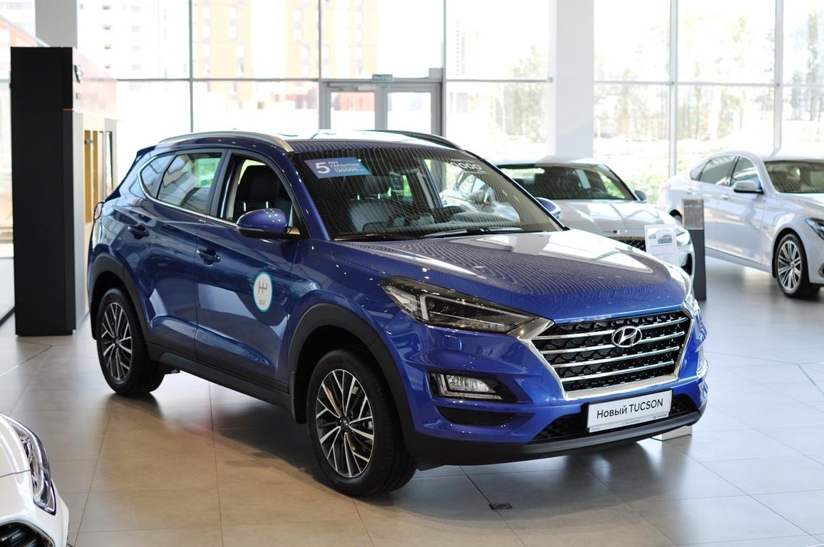 Hyundai Tucson в наличии с выгодой до 245 000 рублей. Кредит от 0,1% или от 10 000 руб./мес.