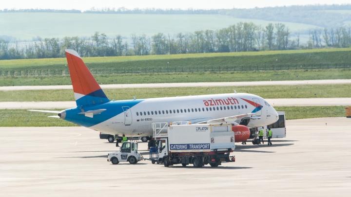 С авиакомпании «Азимут» требуют 612 миллионов рублей за аренду Sukhoi Superjet 100