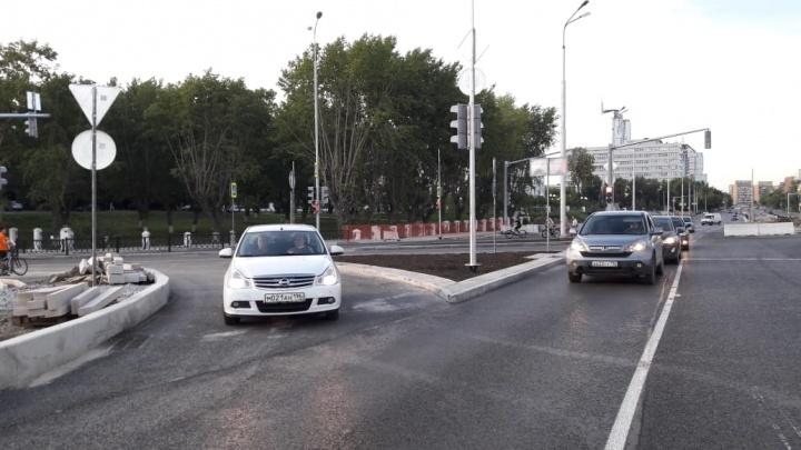 В Екатеринбурге открыли движение по улице Гражданской