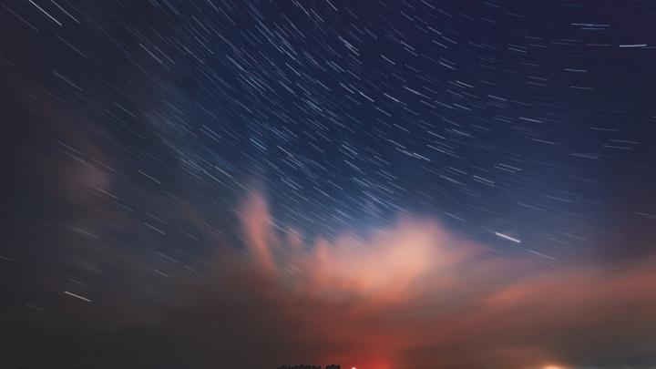 К Новосибирску приближается новогодний метеорный поток