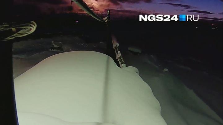 «Перед падением он раздвоился»: эксклюзивное видео полета метеорита в Эвенкии