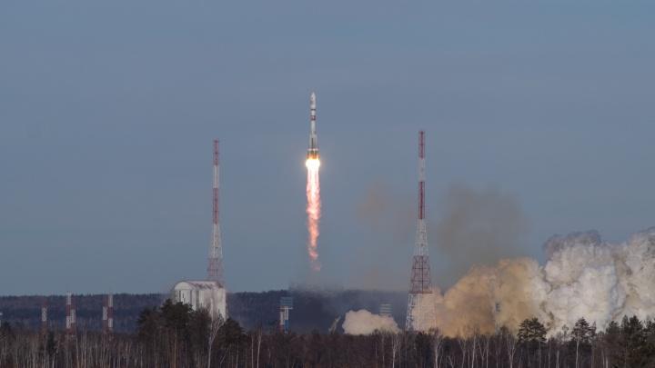 Самарская ракета «Союз-2.1а» вывела на орбиту разгонный блок со спутниками