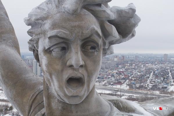 Постаревшая за полвека статуя к весне следующего года снова «расцветет»