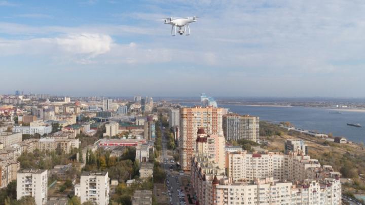 «Колющий и режущий»: в Волгограде полиция запретила проносить квадрокоптеры на массовые мероприятия