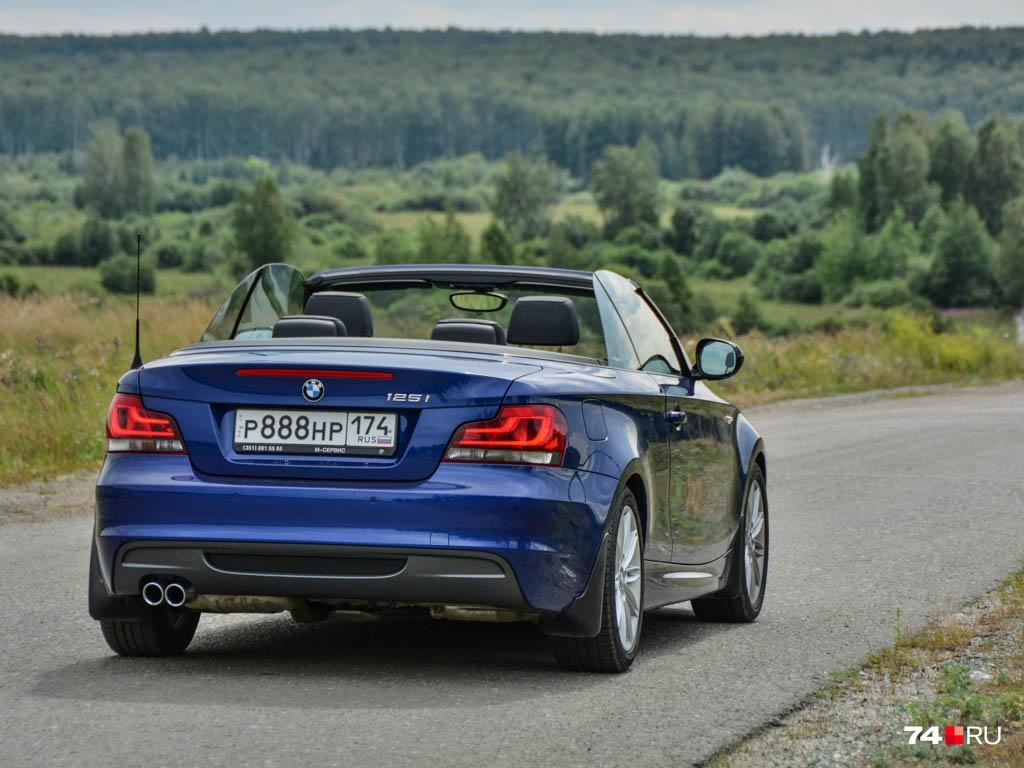 Если обычная «копейка» BMW в возрасте десяти лет стоит порядка 500 тысяч, то за такой кабриолет попросят значительно больше — 700–800 тысяч