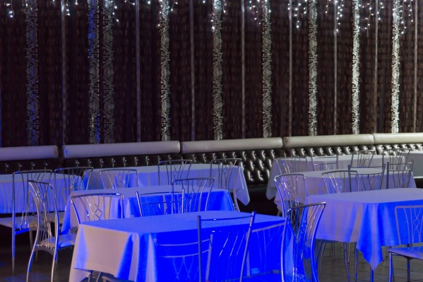 Так выглядит зал бара в Канске