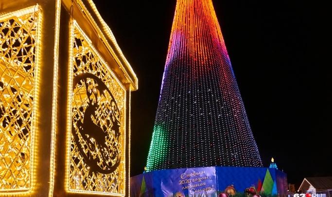 «Поющая» ёлка и лазерное шоу: публикуем программу новогодней ночи на площади Куйбышева