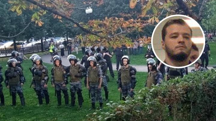 «К нему едет бабушка»: жителя Березников арестовали за толчок полицейского на акции в Москве