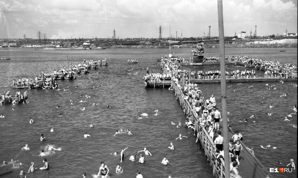 Водная станция Верх-Исетского пруда. 1952 год