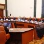 Встреча пикетом и доклад о переходах: новый глава региона проводит первое заседание правительства
