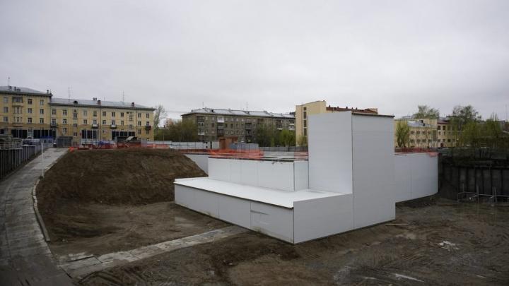 В вечном котловане на улице Кирова решили построить жилую высотку