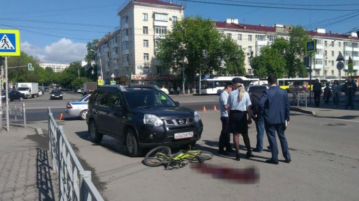 Уличные камеры сняли момент смертельного ДТП в центре Уфы