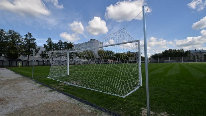 На Уралмаше построят кампус для 150 юных футболистов и два поля с искусственной травой и подогревом