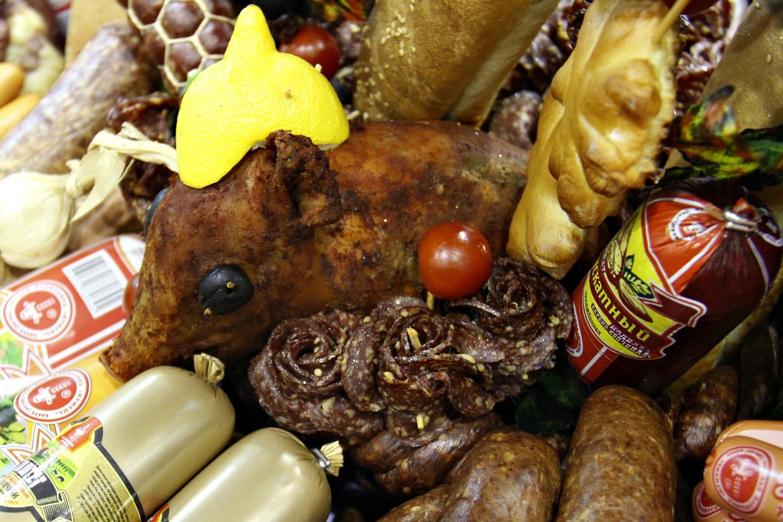 Мясные деликатесы местами выглядят пугающе