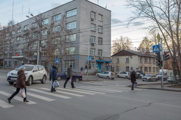 С 1 октября в Новосибирске сбили уже 14 человек