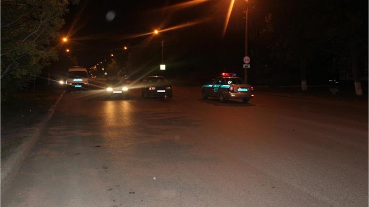 Переходила дорогу в неположенном месте. В Кургане на улице Дзержинского сбили женщину