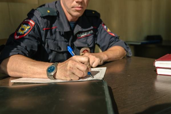 На допросе мужчина признался, что он и не собирался выполнять условия договора