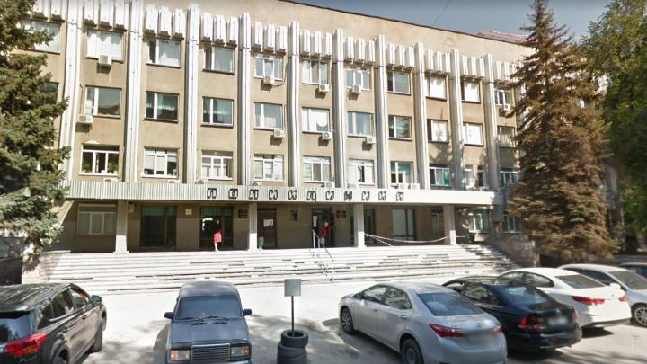 В Минздраве объяснили, почему закрывают гинекологию в Кировском районе