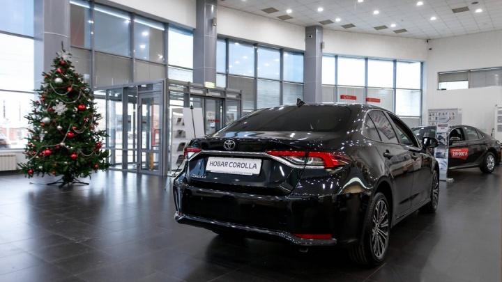 Скидки до 400 000 рублей, кредит от 7,9%: какую выгоду предложили перед Новым годом в «Тойота Юг»