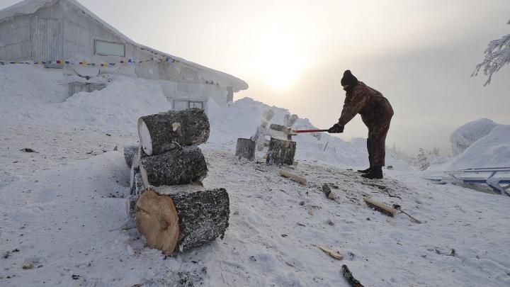 Областные власти придумали, как выселить буддистов с горы в Качканаре