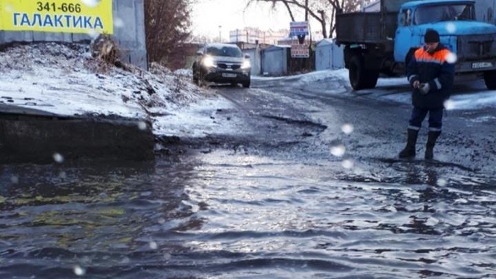 Потоп каждый год: знаменитый «тоннель на Серова» снова залило водой