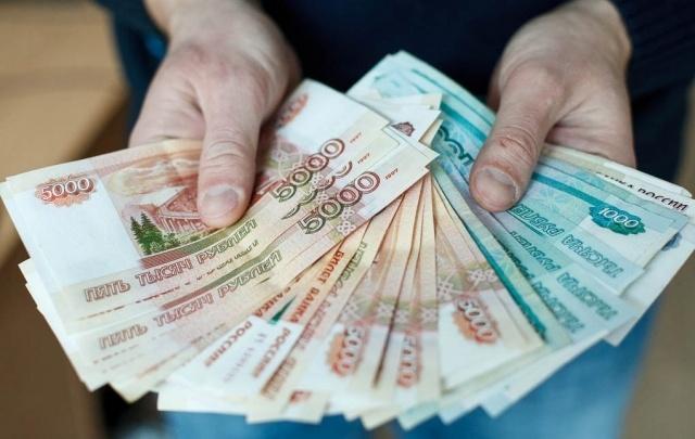 Мужчине, укравшему деньги у своей бабушки в Катайске, грозит до 6 лет лишения свободы