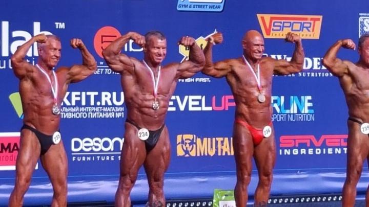 Это уже 33-я медаль: 65-летний екатеринбуржец выиграл чемпионат по бодибилдингу в Краснодаре