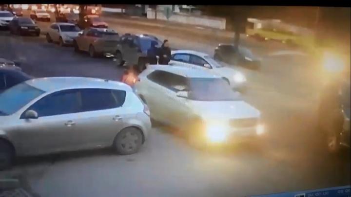 Ударили бабушку и уехали: ярославцы обсуждают неоднозначное ДТП