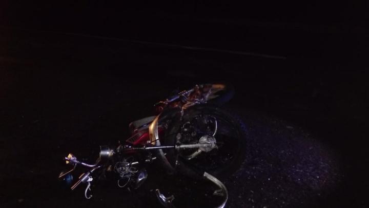 На трассе в Ярославской области разбился водитель мопеда