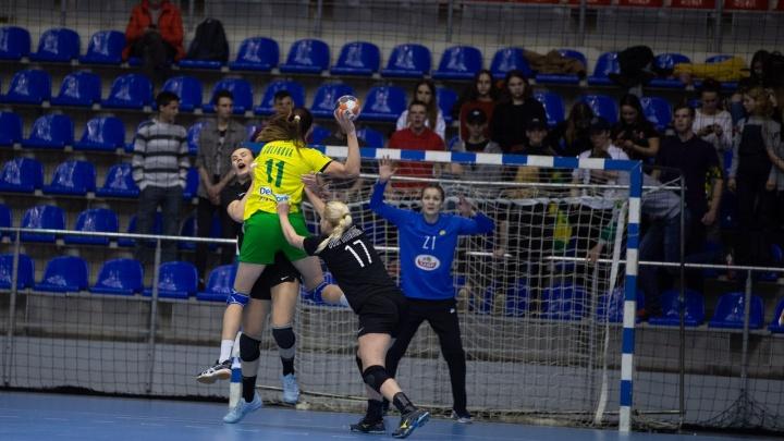 ГК «Ростов-Дон» одержал уверенную победу над краснодарскими гандболистками