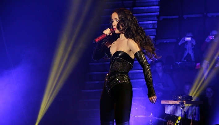 В Ярославль приедет Наталия Орейро: фанаты готовят для певицы кокошники в стразах