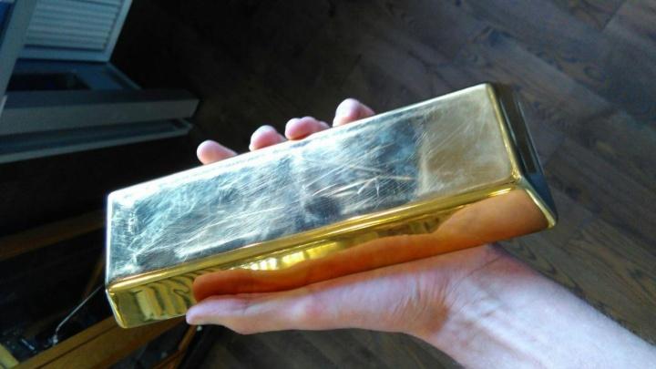 В центре Красноярска украли почти 6 килограммов золота