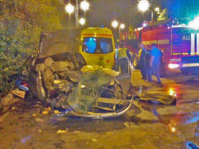 Водитель Toyota Vitz скончался на месте