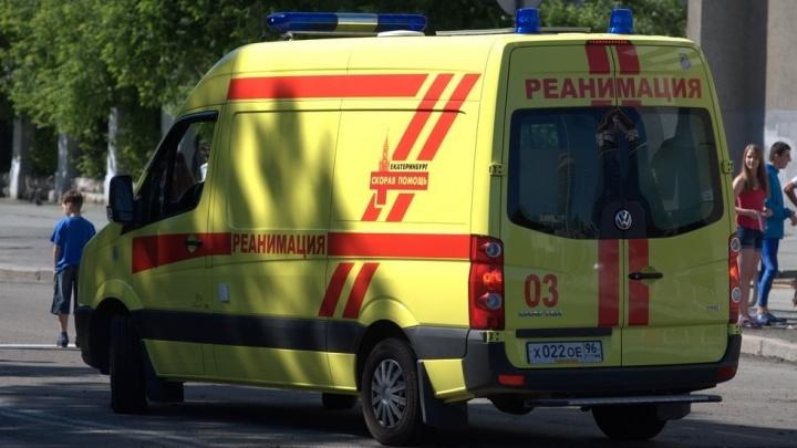 В Екатеринбурге на остановке умерли двое парней, которые возвращались с музыкального фестиваля