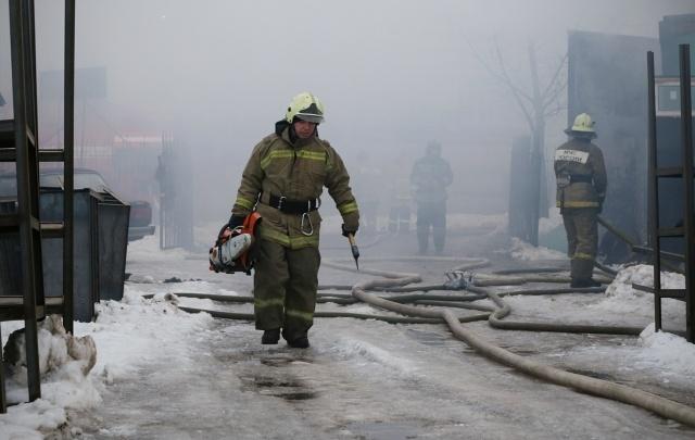 Пожар в Уфе: огонь полыхал в многоэтажке