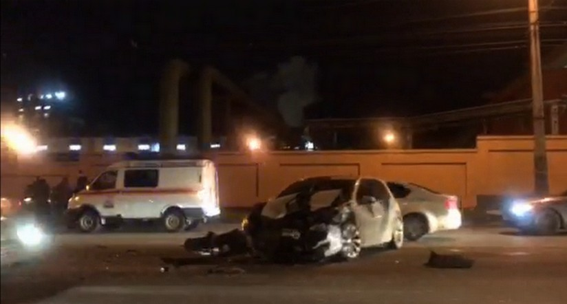 В аварии на оживлённой магистрали в Челябинске пострадали два человека