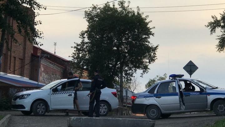 У пермского таксиста, выбившего телефон из рук школьника, уже были конфликты с пассажирами