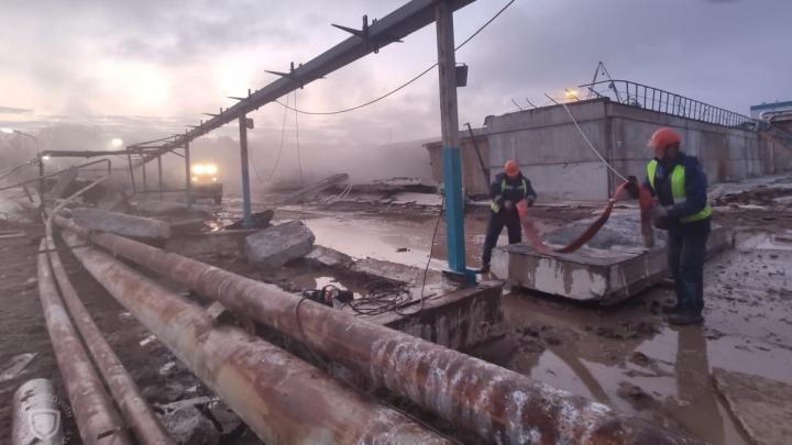 Разлив промышленных стоков на «Полиэфе»: хроника происшествия