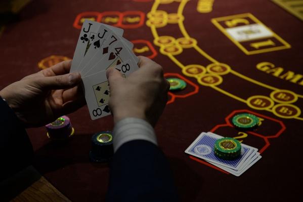 Организатора подпольного казино так и не нашли